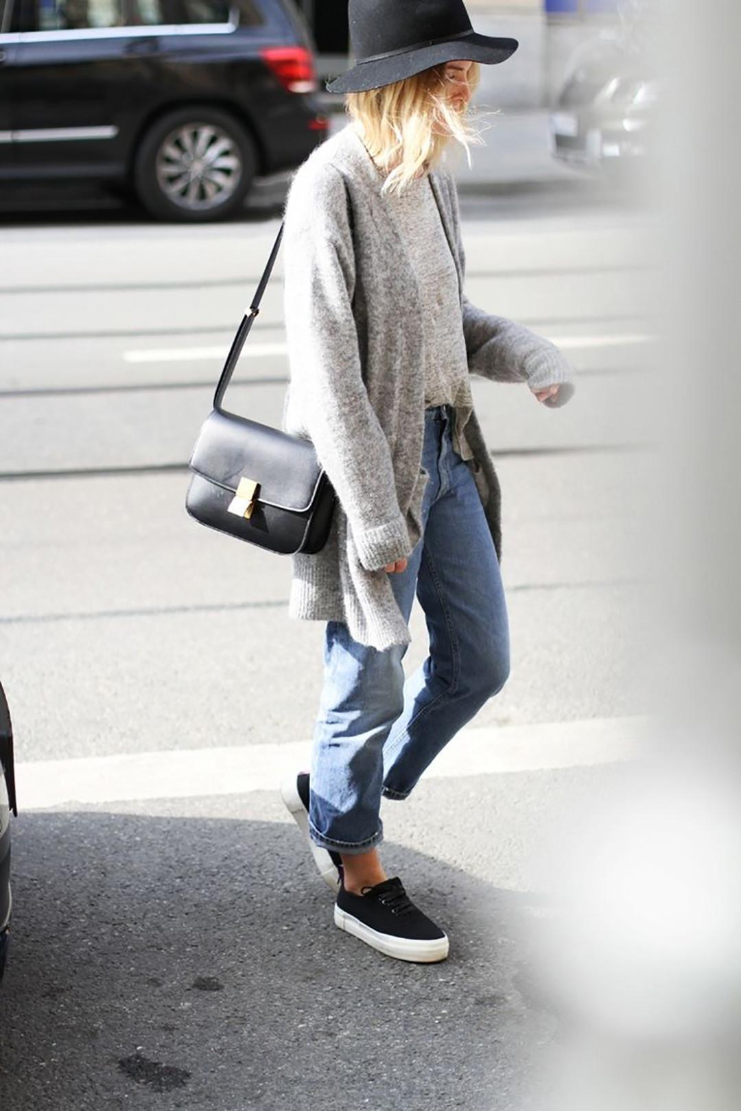 Фото девушек в джинсах и шляпе 6 фотография