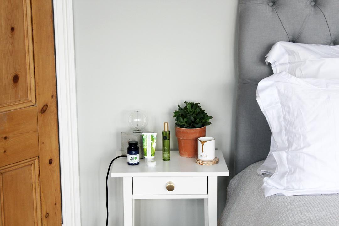 bedside-2