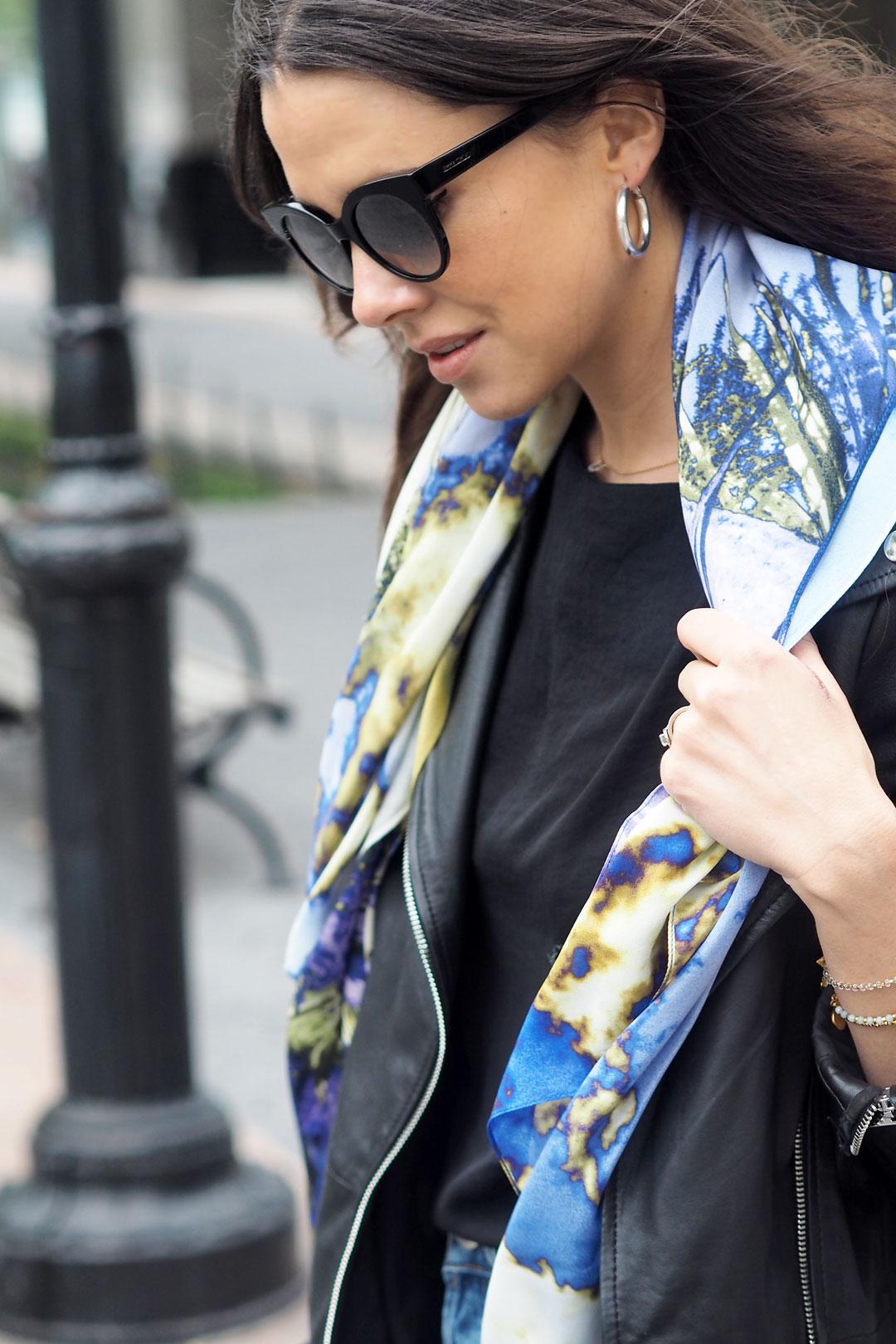 scarf-16