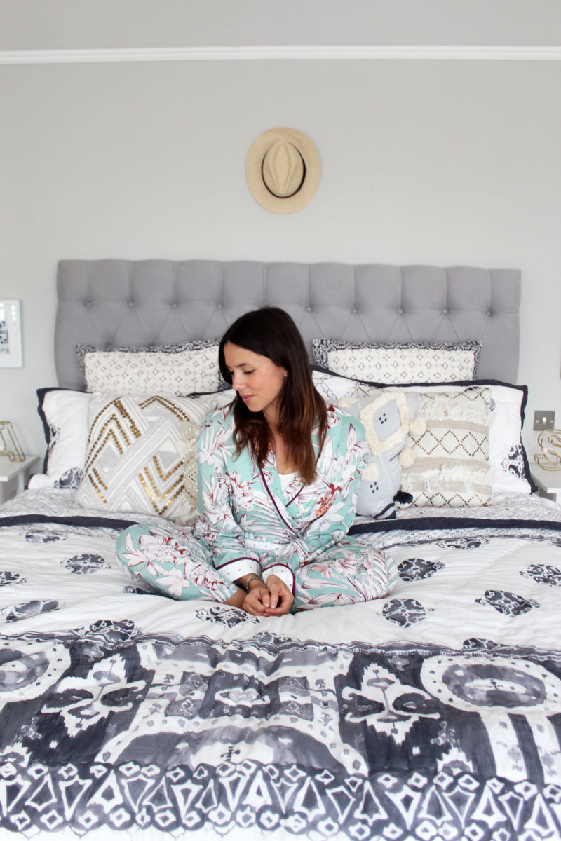 12 WAYS TO MAKE YOUR BEDROOM MORE SLEEP-FRIENDLY