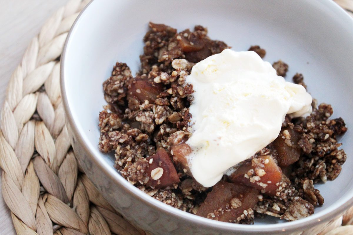 HEALTHY APPLE & COCONUT CRUMBLE