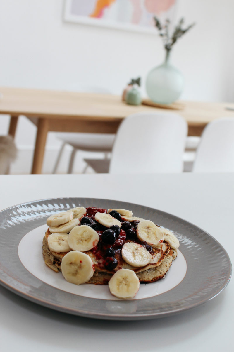 GLUTEN-FREE BUCKWHEAT PANCAKES WITH BERRY COMPOTE